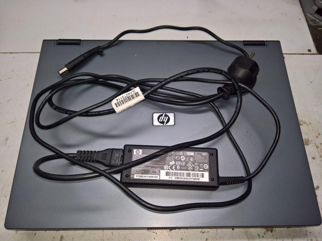HP 6710b – stará dobrá kancelář (Core2Duo)